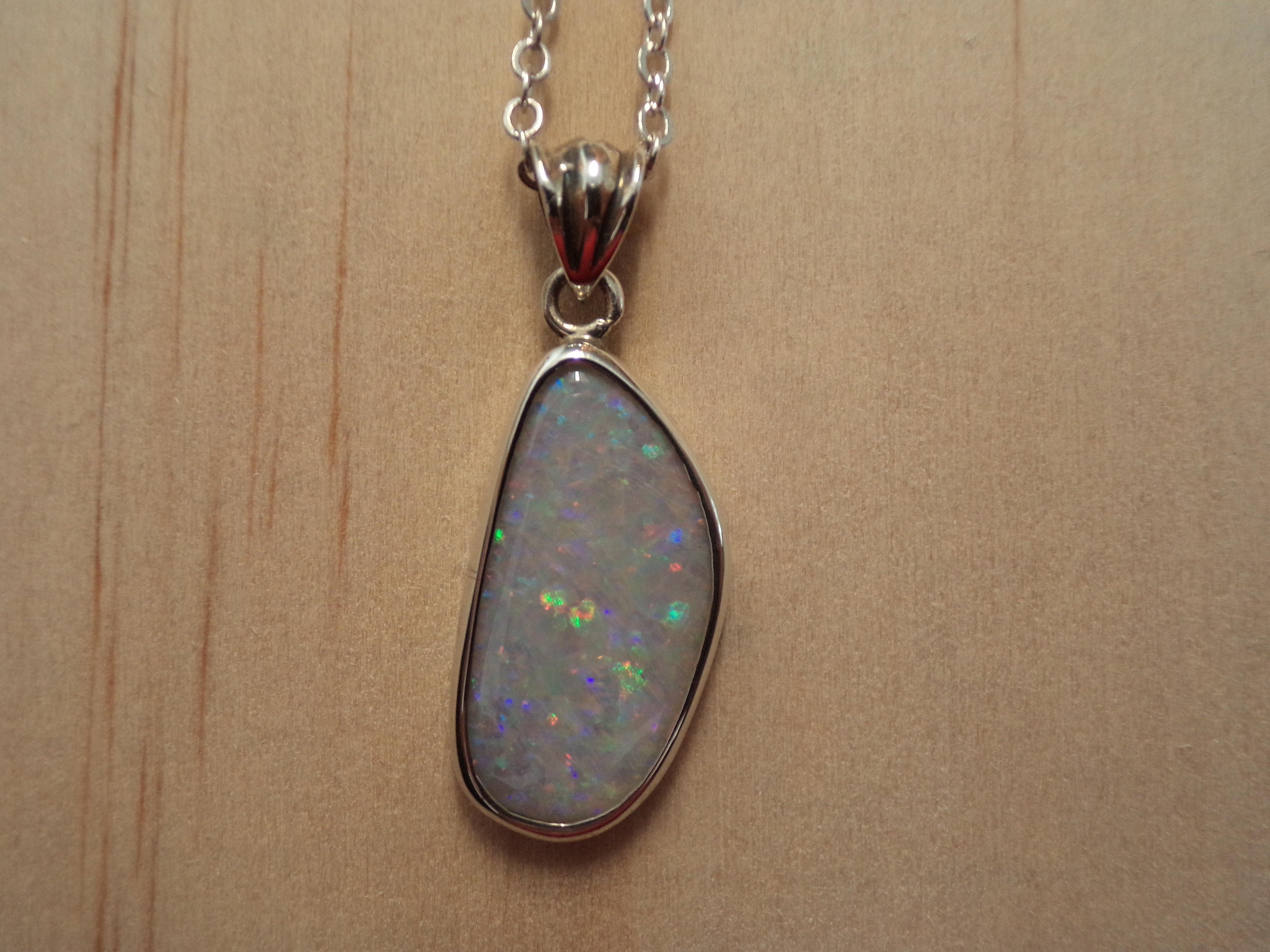 necklace goldengirlsdreams luxurious wm dsc opal pendant white australian products